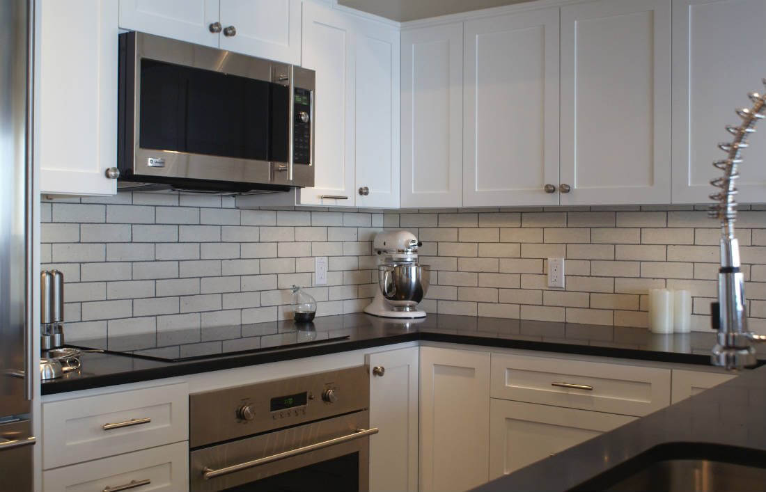 Image of: White Subway Tile Kitchen Why Tile
