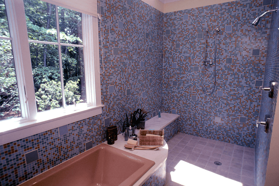 Pixelated mosaic shower tile walls